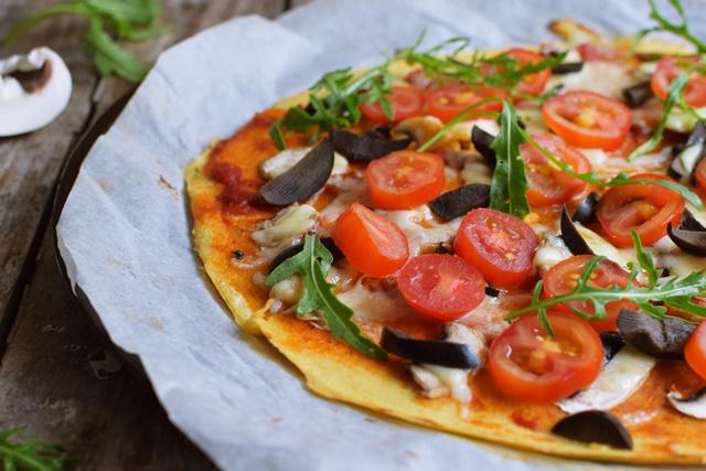 Пица с брашно от нахут, без яйца