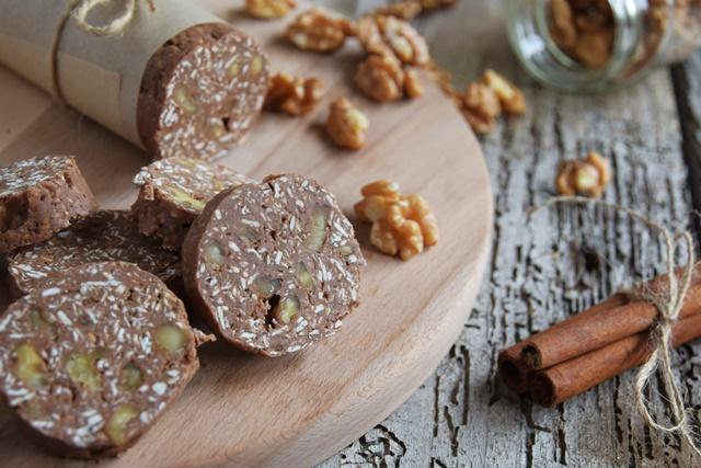 Сладък протеинов салам (без млечни, може и без глутен)