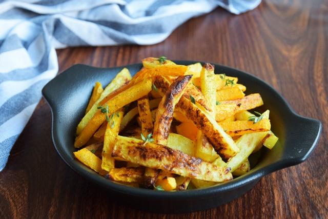 Пръчици от картофи и тиква със сминдух